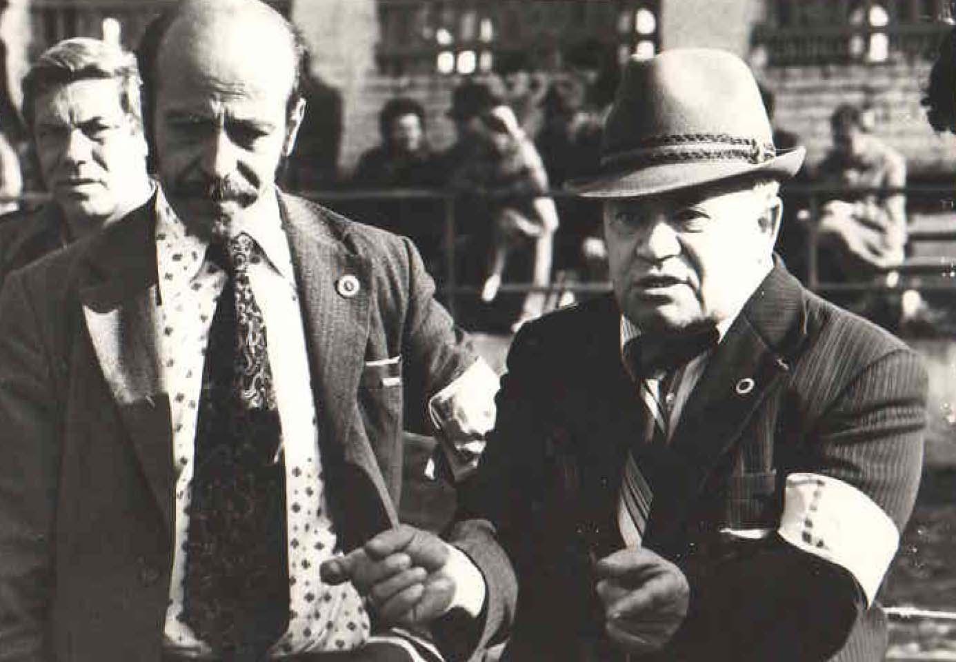 Главный судья выставки Бродницкий В.В. (г. Москва), старший судья ринга Красносельский В.И. (г. Усть - Лабинск). 1983 год.